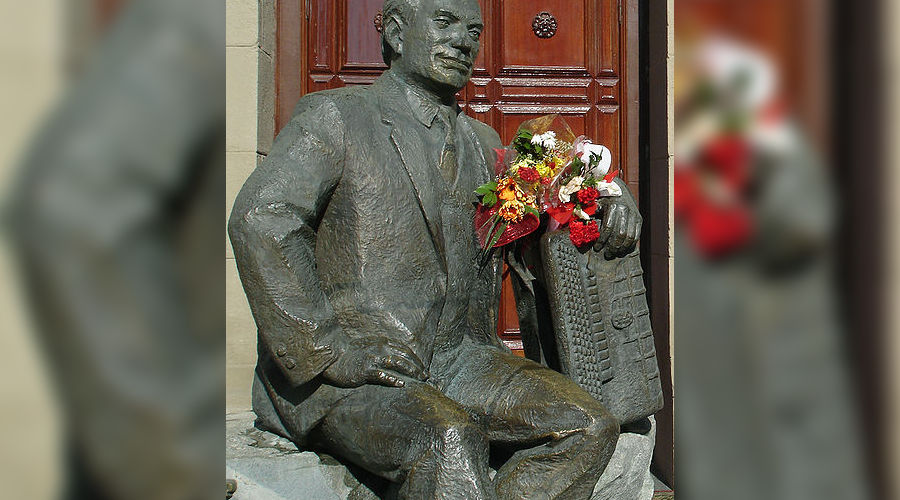 Памятник Григорию Пономаренко © http://commons.wikimedia.org
