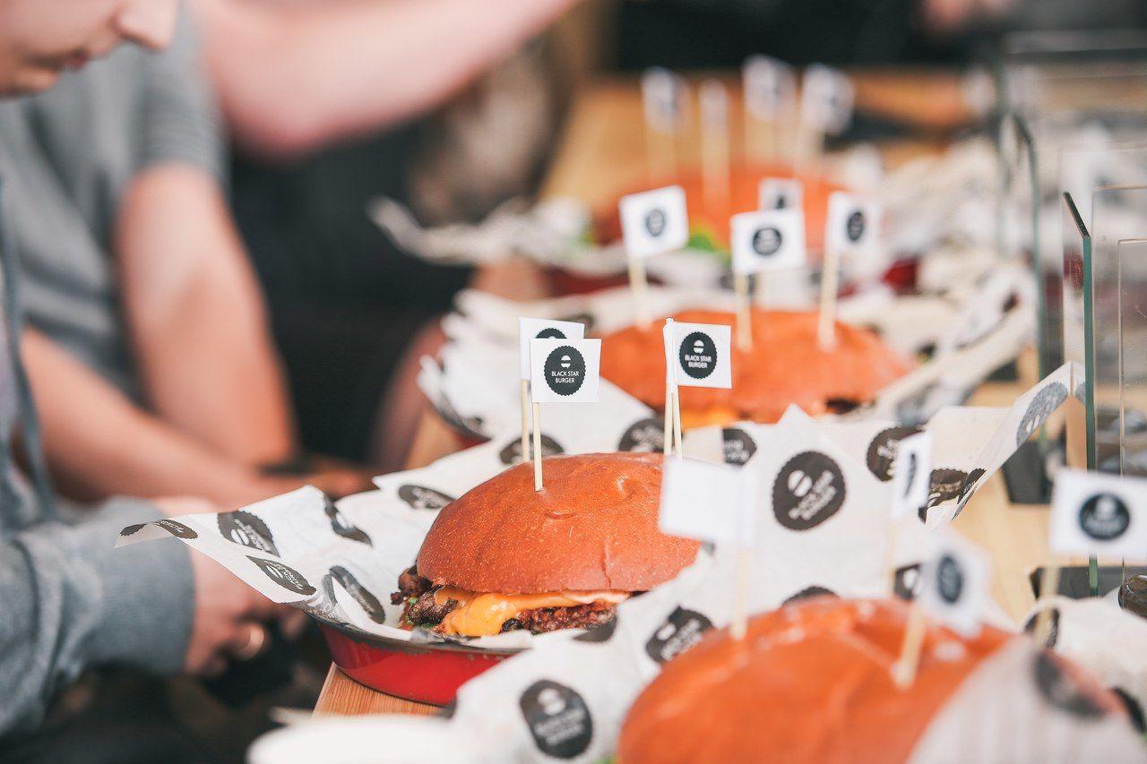 ©Фото из группы Black Star Burger во «ВКонтакте», vk.com/blackstarburger