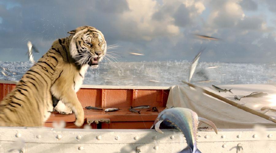 фильм с тиграми в лодке