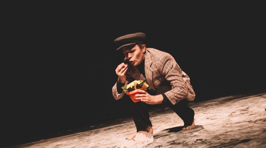 Спектакль «Мыр» © Фото из группы «STOROZHENKO | ФОТОГРАФИЯ» «ВКонтакте» vk.com/storozhenkophoto