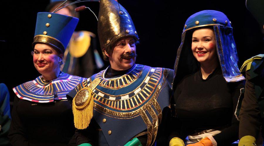 Спектакль «Ревизор!» © Фото из группы «Театр Драмы» «ВКонтакте» vk.com/dram_teatr