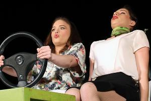 Спектакль «Учитесь водить автомобиль заочно» ©Фотография предоставлена театром «Вот»