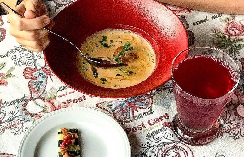 Сливочный суп с креветкой