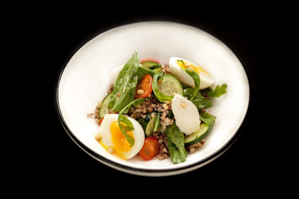 Гречневая каша с овощами и сыром ©Фотография предоставлена заведением