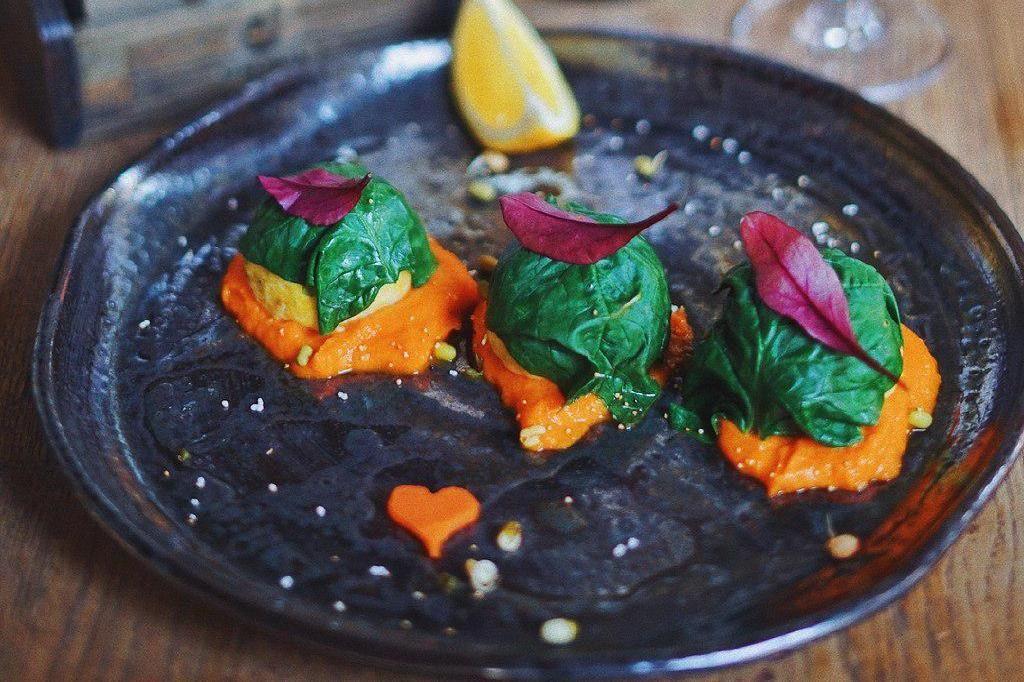 Крокеты из рыбы с куркумой ©Фото со страницы кафе «Хорошая еда» в инстаграме, www.instagram.com/horoshaya_eda_