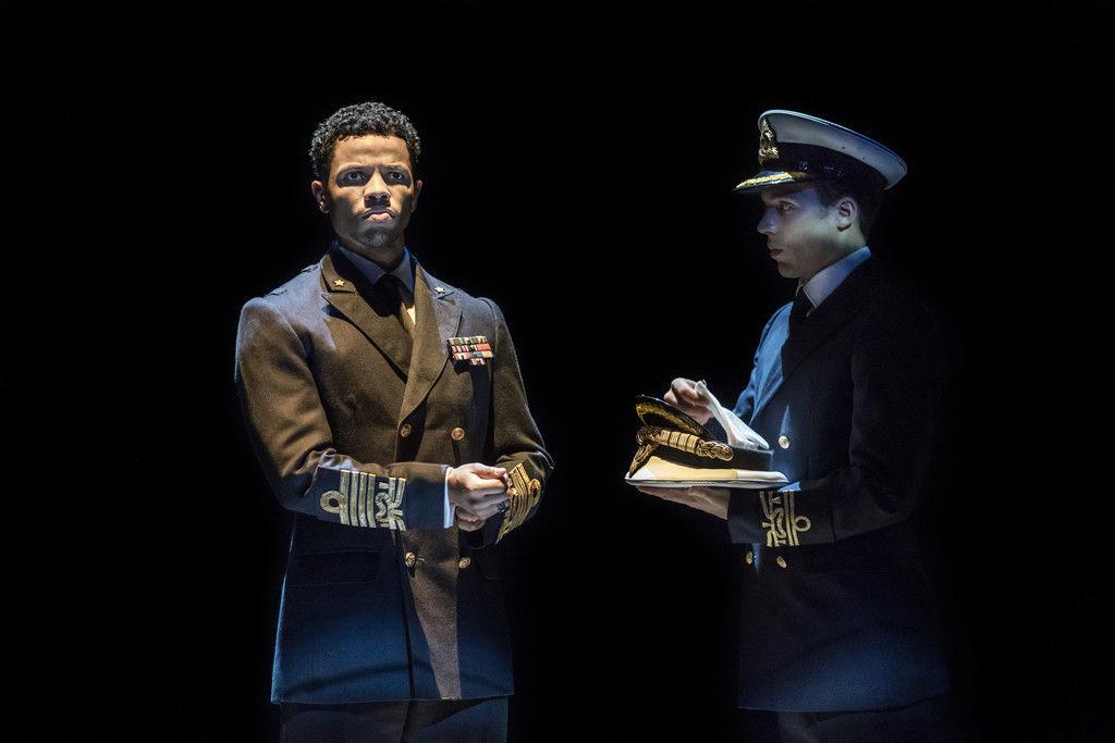 Спектакль «Антоний и Клеопатра» ©Фото с сайта theatrehd.ru