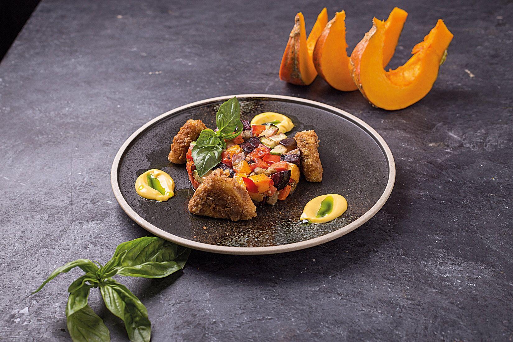 Запеченные овощи тартар с сыром сулугуни