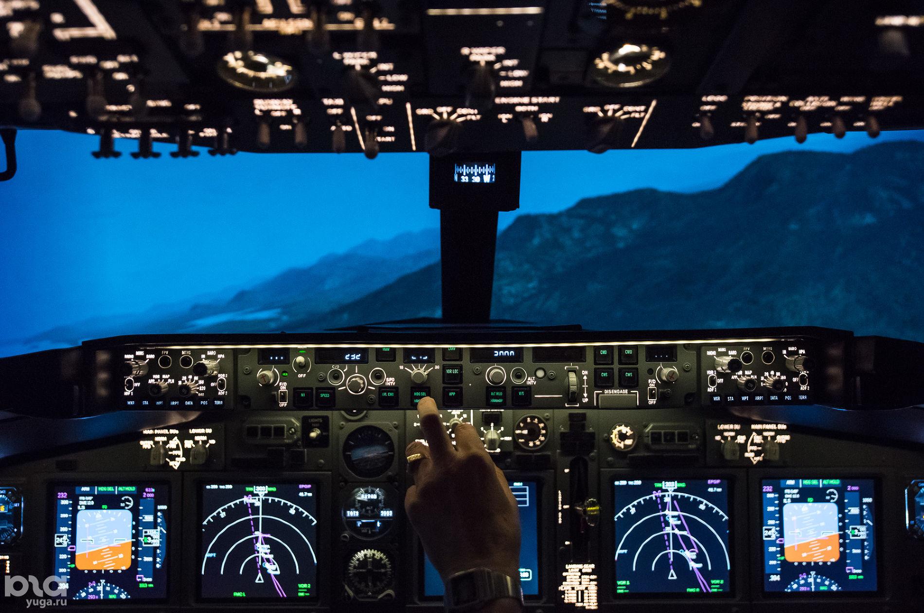 Авиасимулятор Dream Aero в «СБС Мегамолл» ©Фото Елены Синеок, Юга.ру
