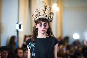 Показ новой коллекции Spring Summer 2018 российского бренда @RomaUvarovDesign ©Фото Елены Синеок, Юга.ру