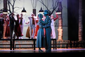 Спектакль «Летят утки...» © Фото пресс-службы КМТО «Премьера»