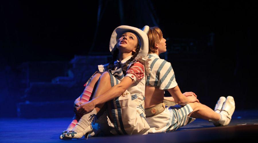 Спектакль «Веселый Роджер» © Фото из группы «Театр Драмы» «ВКонтакте» vk.com/dram_teatr