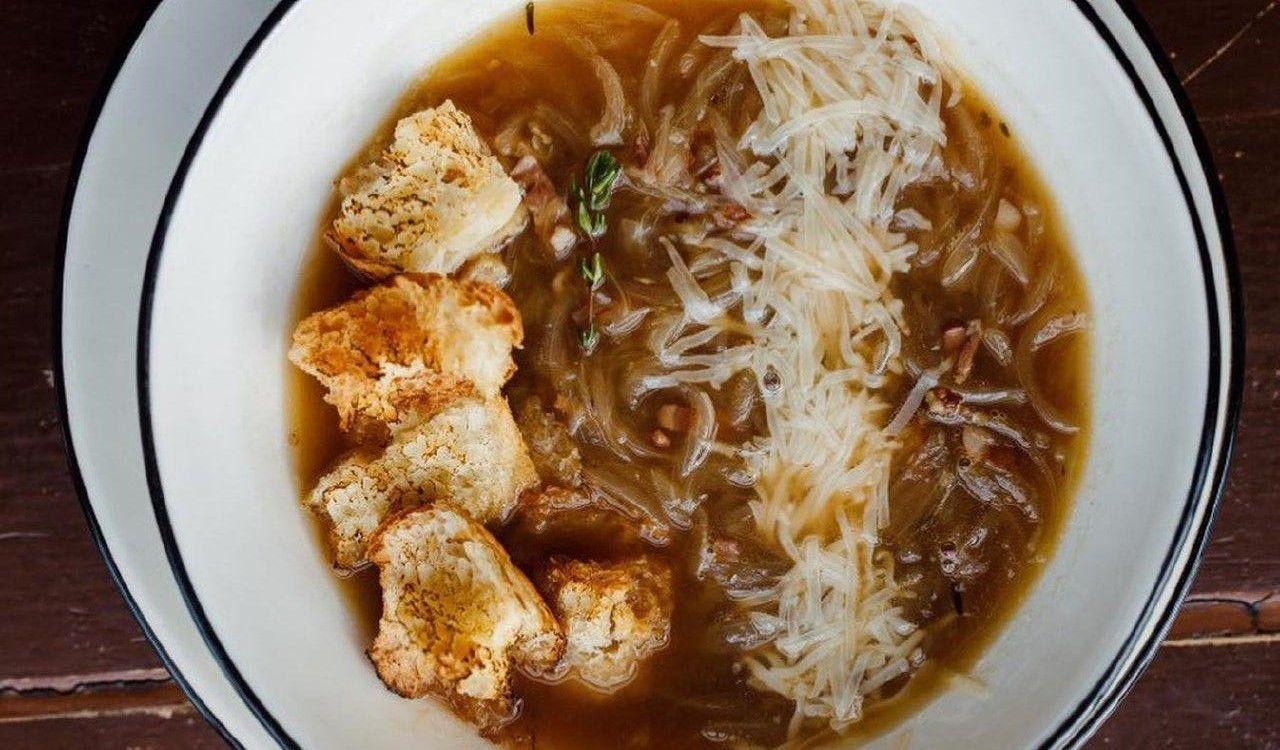 Луковый суп ©Фотография предоставлена заведением