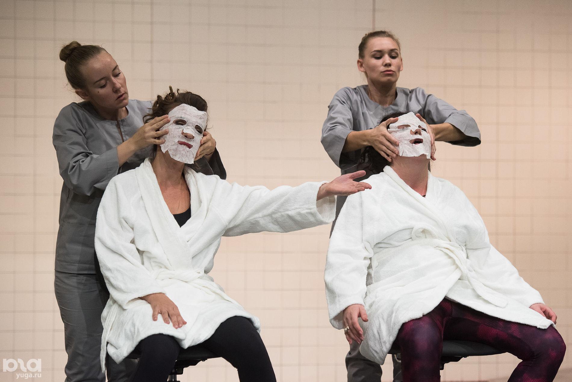 Спектакль «Звериные истории» в Краснодарском молодежном театре