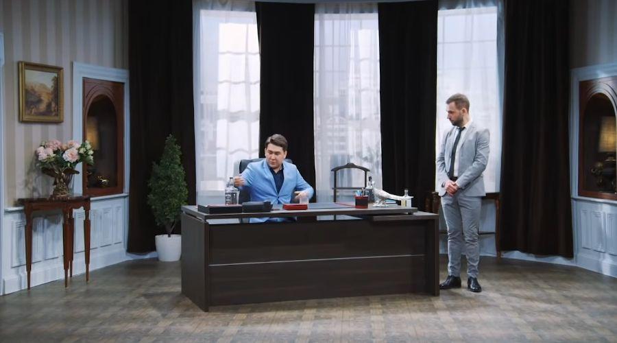 Однажды в России © Скриншот видео с сайта youtube.com, Однажды в России - Мэр супергерой