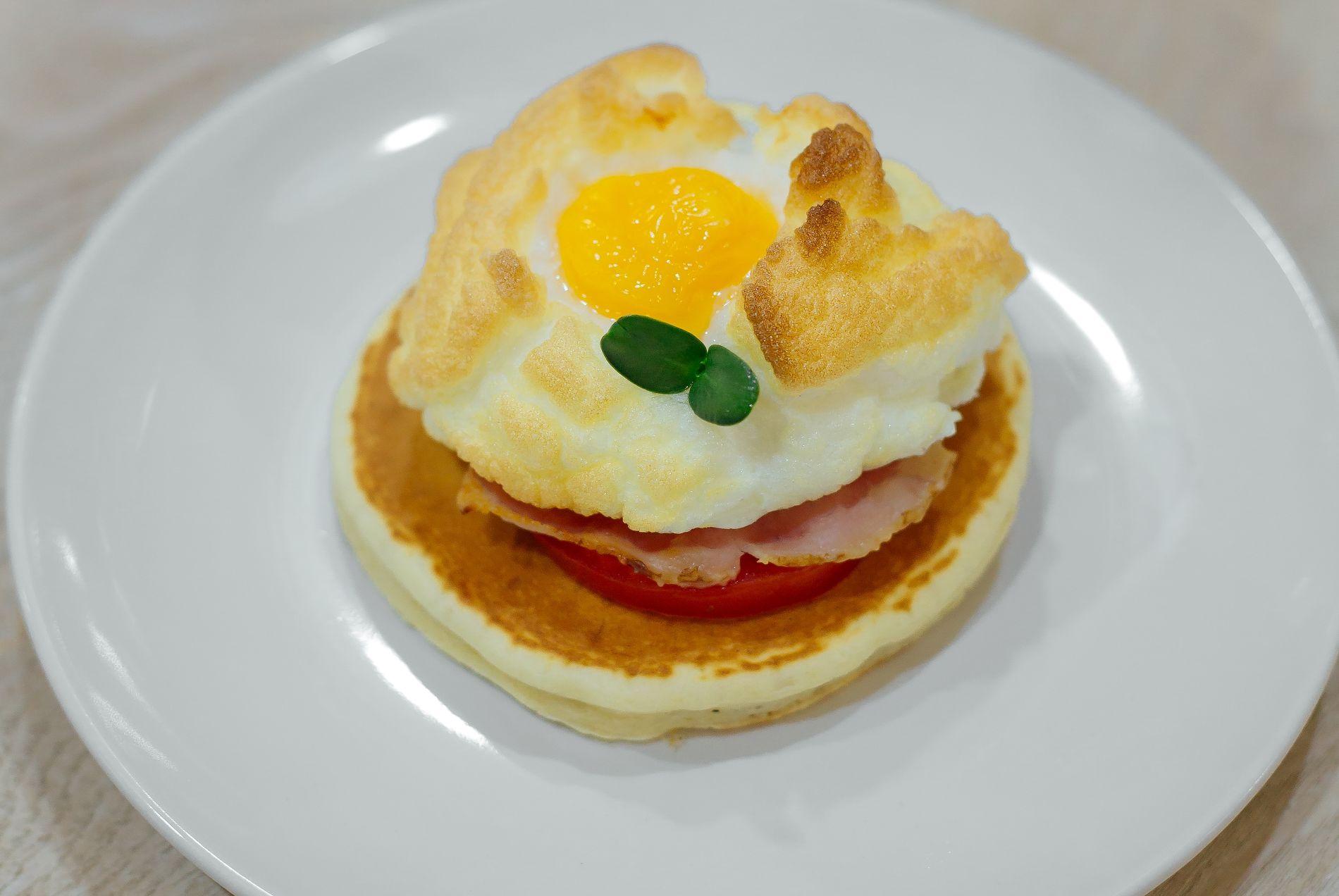 Облачные яйца ©Фотография предоставлена заведением