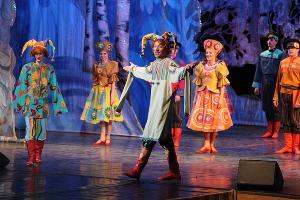 Праздничная программа «Шуми, гуляй, Масленица!» © Фотография предоставлена пресс-службой КМТО «Премьера»