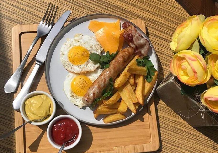 Немецкий завтрак ©Фото со страницы ресторана «Ателье вкуса» в инстаграме www.instagram.com/atelie_vkusa_rest