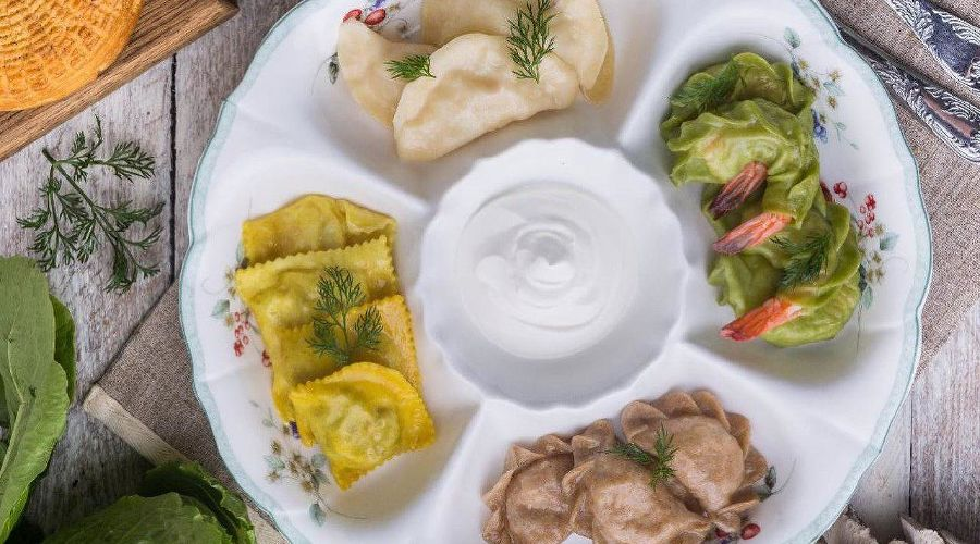 Летний сет вареников © Фото со страницы ресторана «ВеникиВареники» в инстаграме www.instagram.com/venikivareniki