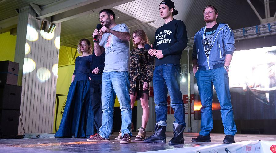 Актеры российского фэнтези о супергероях рассказали о команде «Защитников» и не только © Фото Елены Синеок, Юга.ру