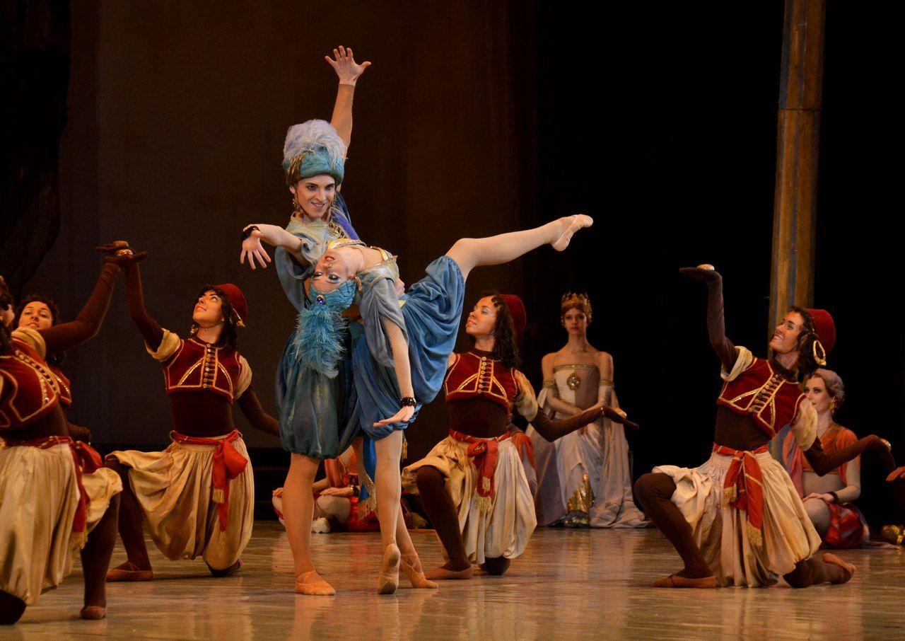 Балет «Раймонда» Театра балета Юрия Григоровича ©Фото Екатерины Наумовой