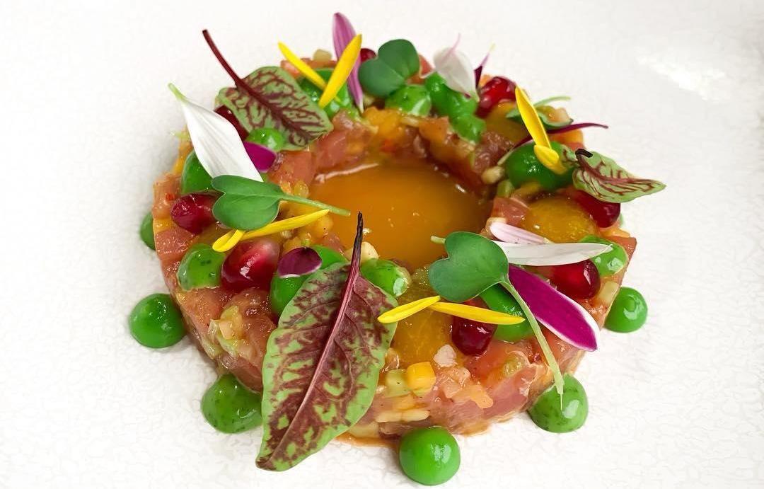 Тартар из тунца ©Фото со страницы ресторана «Ателье вкуса» в инстаграме, www.instagram.com/atelie_vkusa_rest
