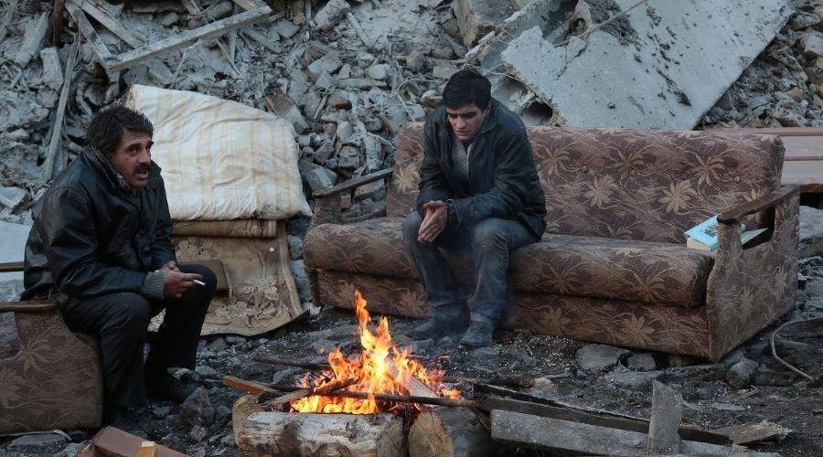Кадр из фильма «Землетрясение» © http://kinovar.org/294-zemletryasenie.html