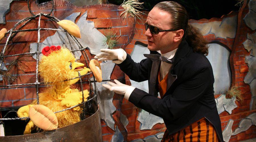 Спектакль «Золотой цыпленок» © Фотография предоставлена пресс-службой Краевого театра кукол