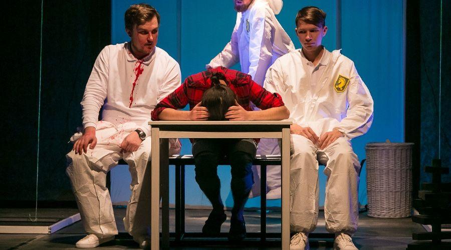 Спектакль «Сережа очень тупой» © Фото Анны Кравец