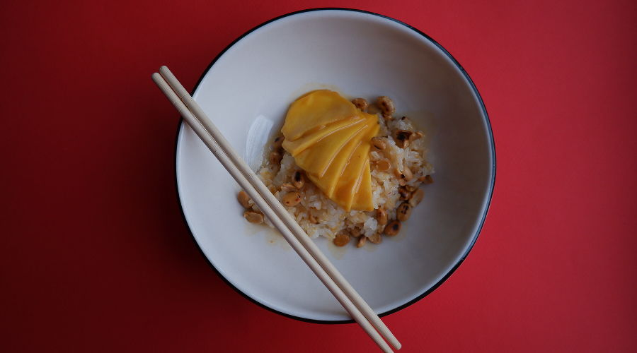 Вьетнамский рис с арахисом и манго © Фото предоставлено PR-службой Mr. Drunke Bar