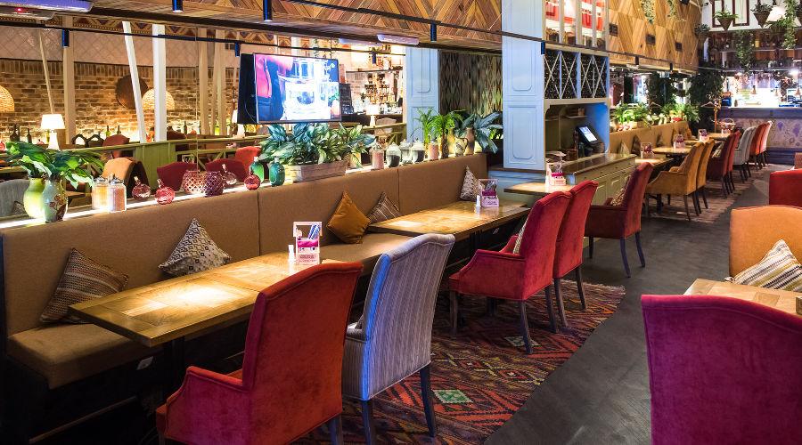 Ресторан «БумБараш» в «СБС Мегамолл» © Фото Елены Синеок, Юга.ру
