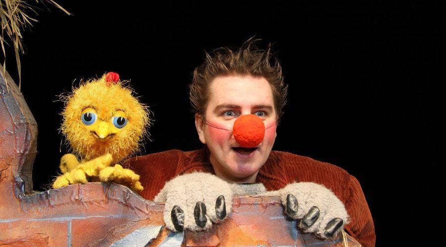 Спектакль «Золотой цыпленок» © Фото из группы «Краснодарский Краевой Театр Кукол» «ВКонтакте» vk.com/club14341436