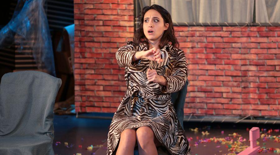 Кадр из спектакля «Пила вино и хохотала. Белое» © Фото предоставлено «Театром двух»