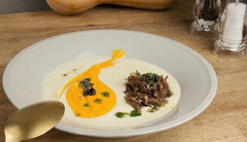 Крем-суп с говяжьими щеками