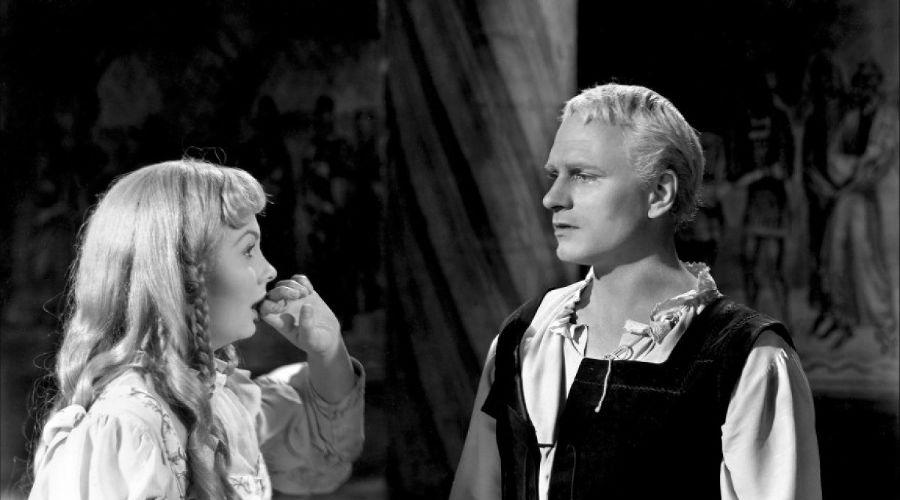 Кадр из фильма «Гамлет» © Фото с сайта kinopoisk.ru