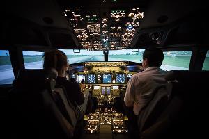 В кабине авиасимулятора «Dream Aero» в «СБС Мегамолл» © Фото Елены Синеок, Юга.ру