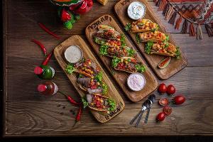 Тако с различными начинками © Фото со страницы ресторана La Vaca в инстаграме www.instagram.com/lavaca_rest