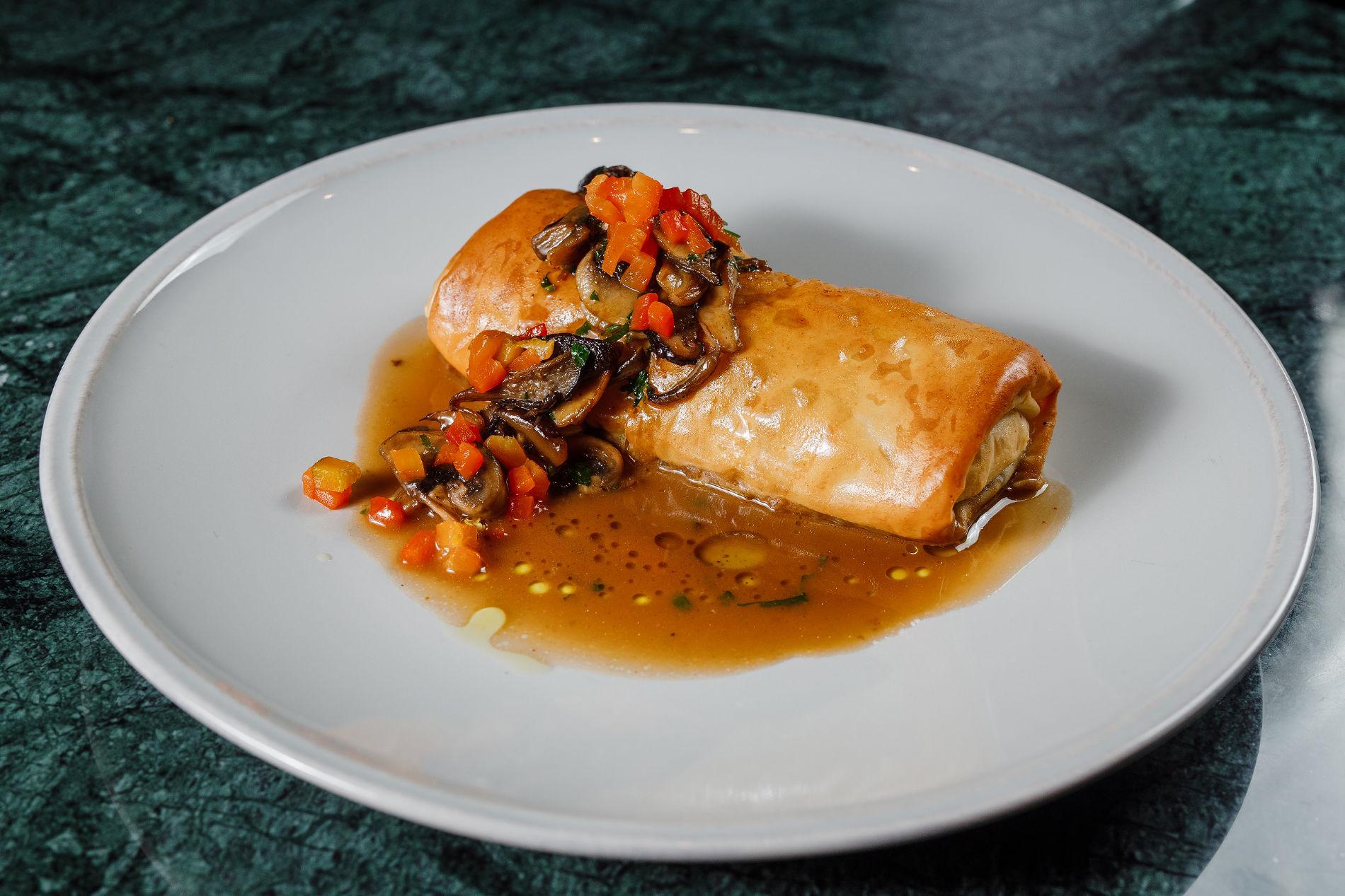 Пирог «Чили кон карне с мясным соусом» ©Фотография предоставлена заведением