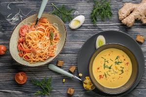 Кукурузный крем-суп и спагетти арабьята с беконом © Фото со страницы PetrushkA в инстаграме www.instagram.com/petrushka_krd